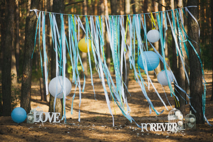 unconventional ways to save money on a wedding