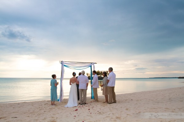 Now much more my kind of style! From: http://www.benjamiesonphotography.com/bahamas-weddings/intimate-beach-ceremony/24_2305/
