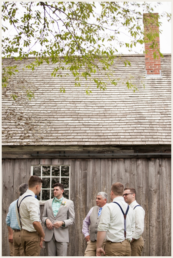 rustic-barn-wedding-on-a-budget_0006