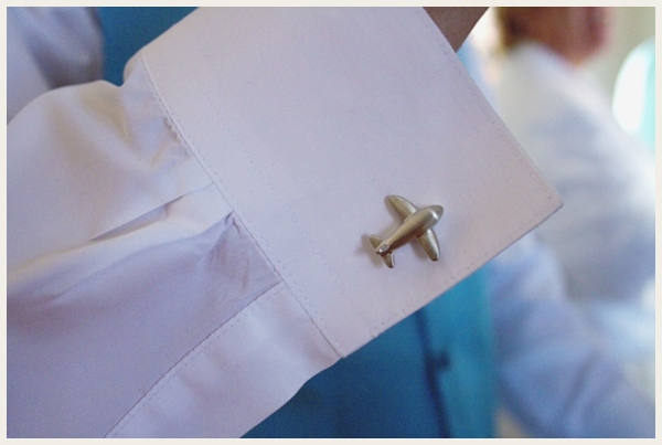 airplane cufflinks - travel themed wedding