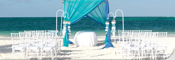 romance-weddings-theaqua