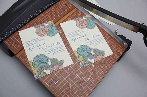 vintage-autumn-trim-invitation-2