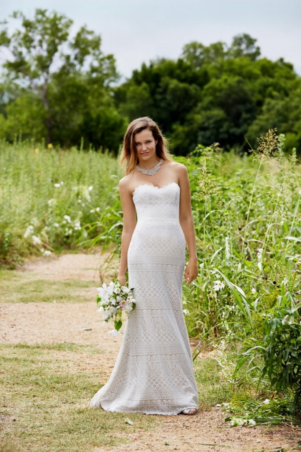 Love Marley - Lana - $1168 A new modern classic, Romantic lace in a slim, fit and flare silhouette with a flattering sweetheart neckline. Sweep train.