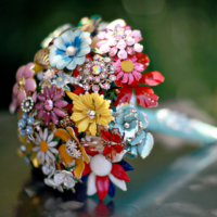 brooch bouquet - flower alternatives for weddings