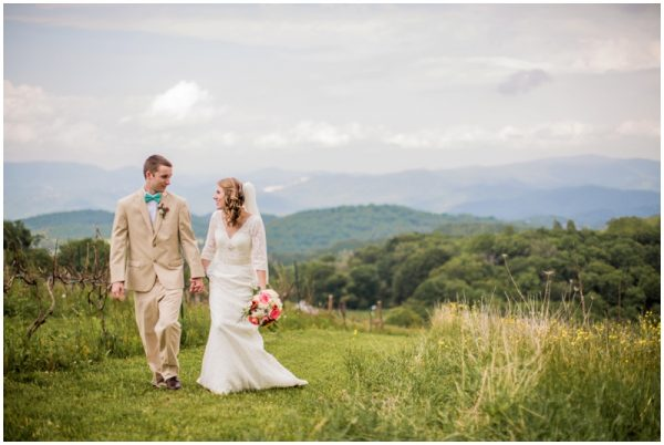 gorgeous mint wedding in the mountains