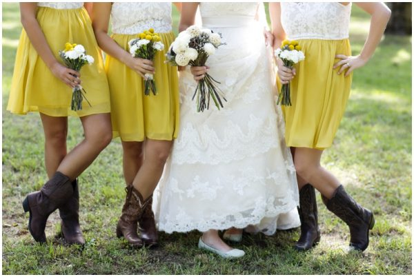 rustic bridesmaids look
