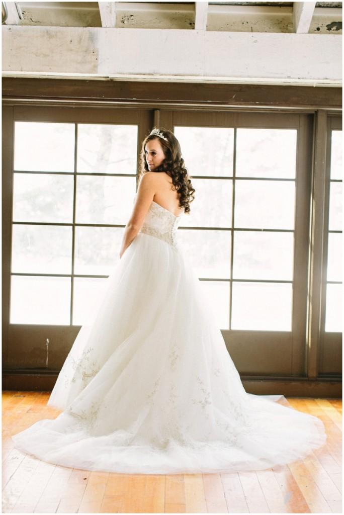 winter wedding dress bride