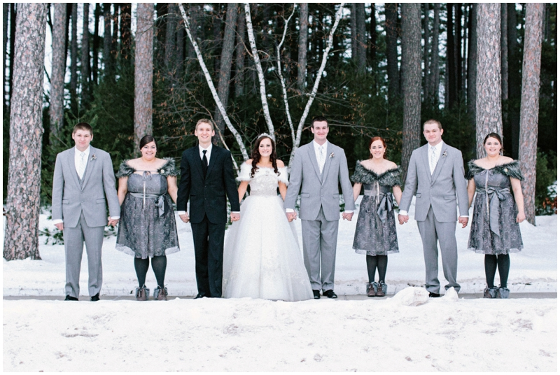 www.james-stokes.com winter wedding - wedding party in the snow pictures