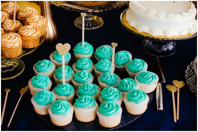 turquoise cupcakes - wedding cupcakes