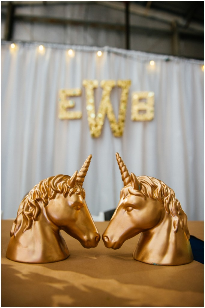 gold glitter unicorns