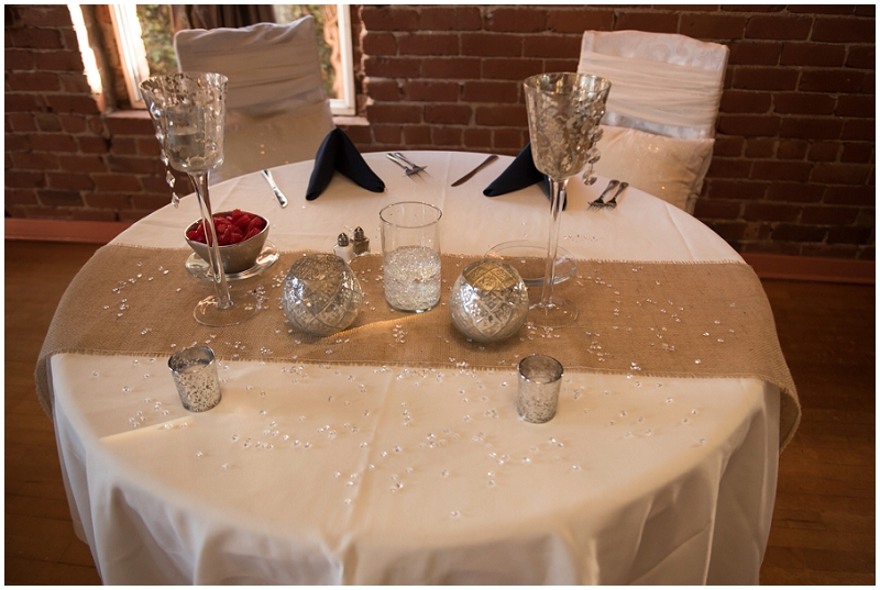 rustic navy and white centerpieces