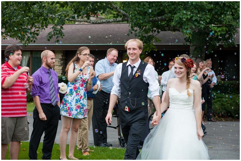 Rustic Woodlands Wedding (36)