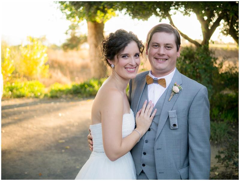 sunset bride and groom wedding photos