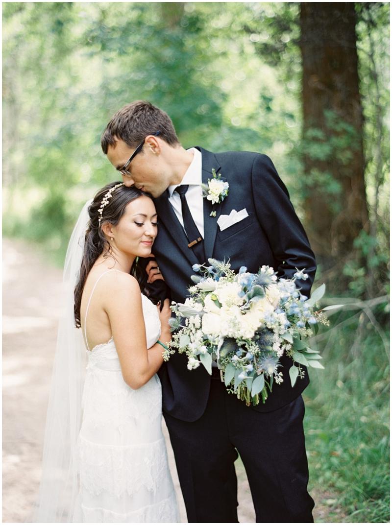 wedding bouquet photos