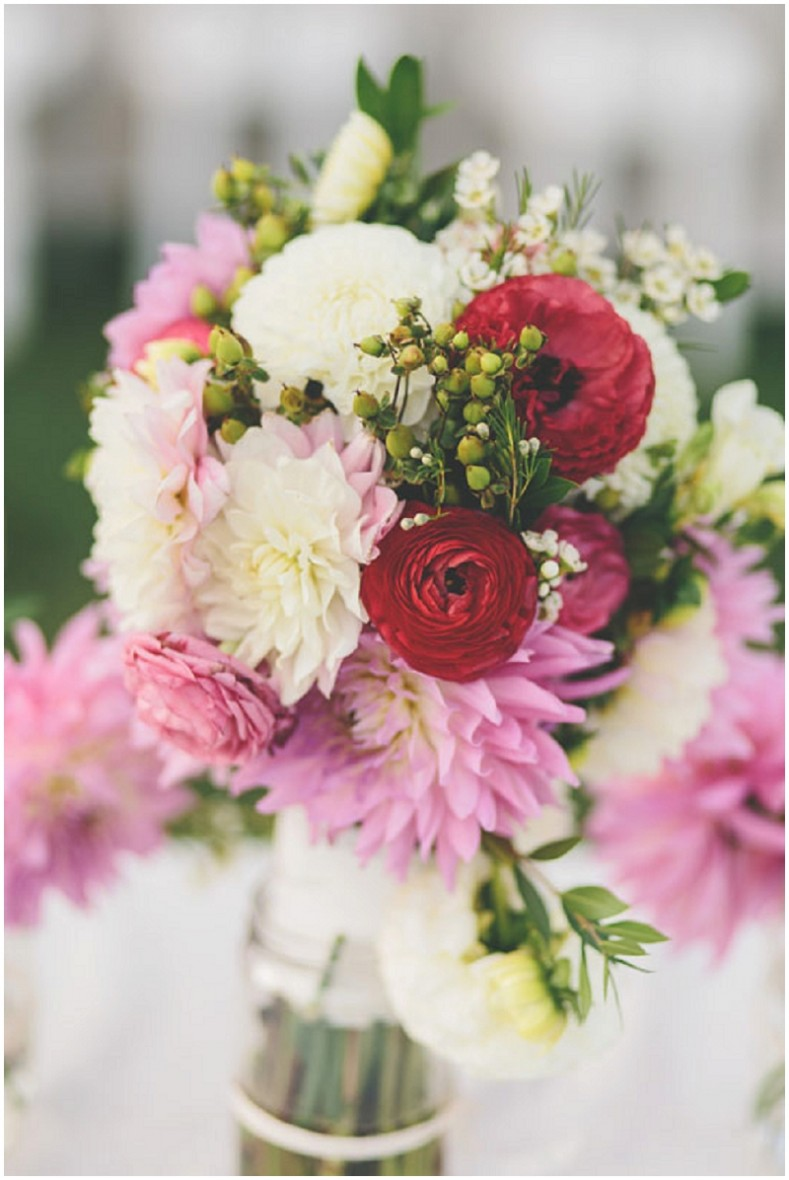 red, pink and white wedding flowers