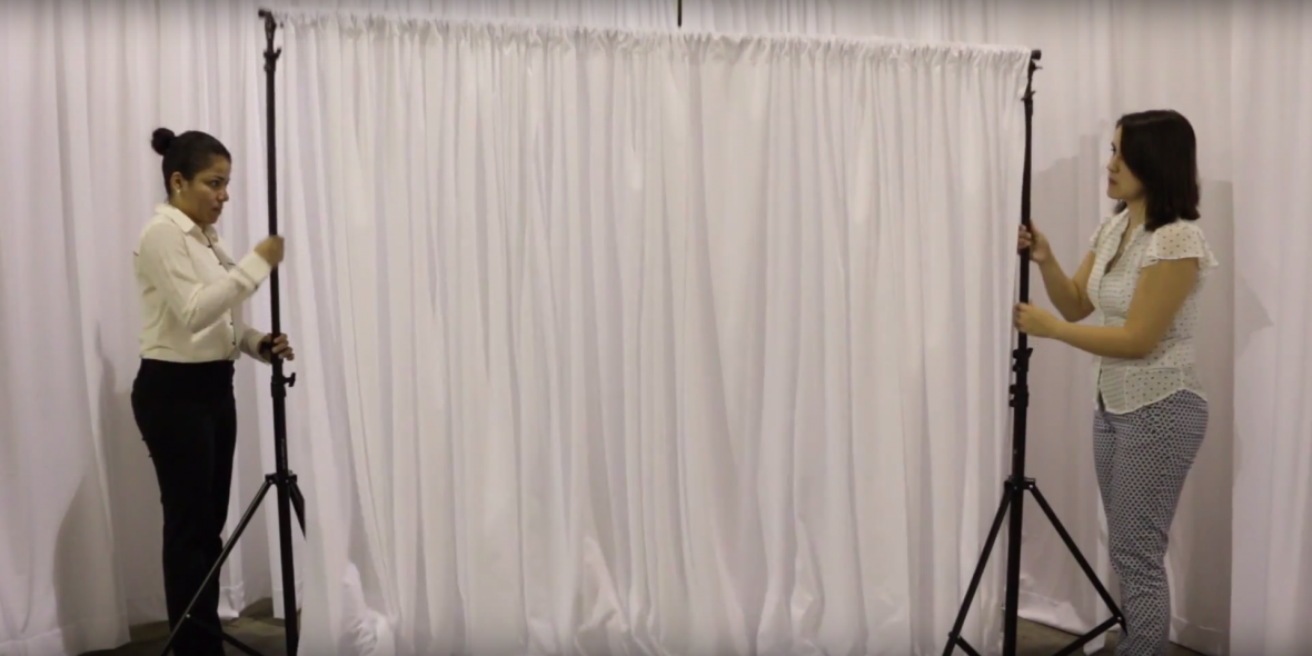 How To Set Up A Diy Wedding Backdrop The Budget Savvy Bride