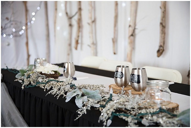 Black white silver wedding theme ideas black silver white wedding welcome to www - Epic image of dining room decoration with various black and white table setting ideas ...