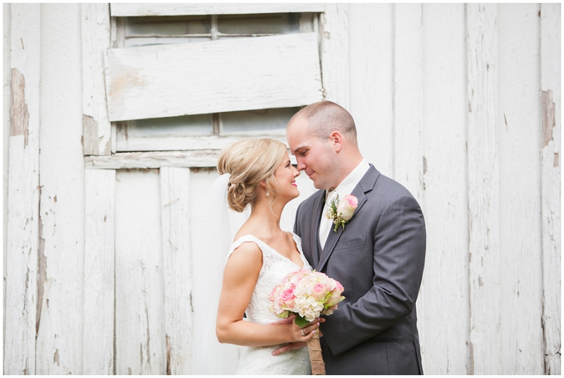 antique barn wedding photos