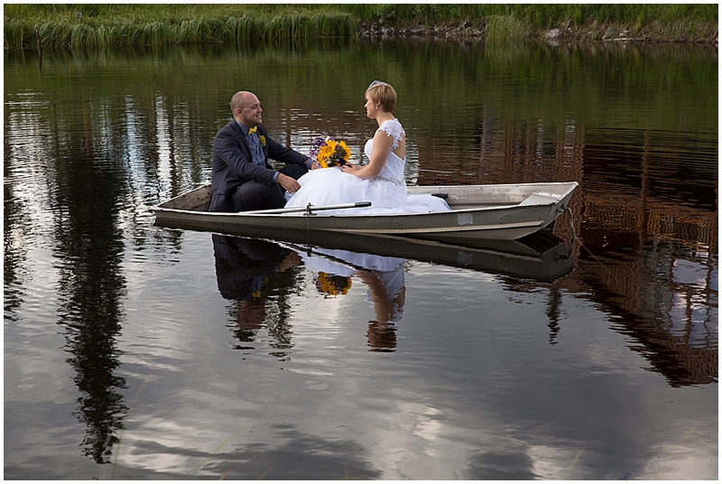 rowboat wedding photos