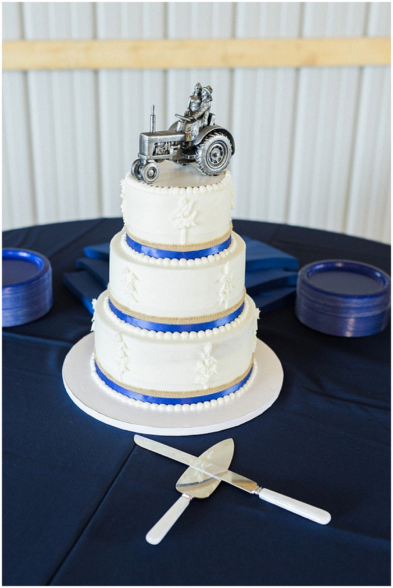 farm wedding- tractor wedding cake