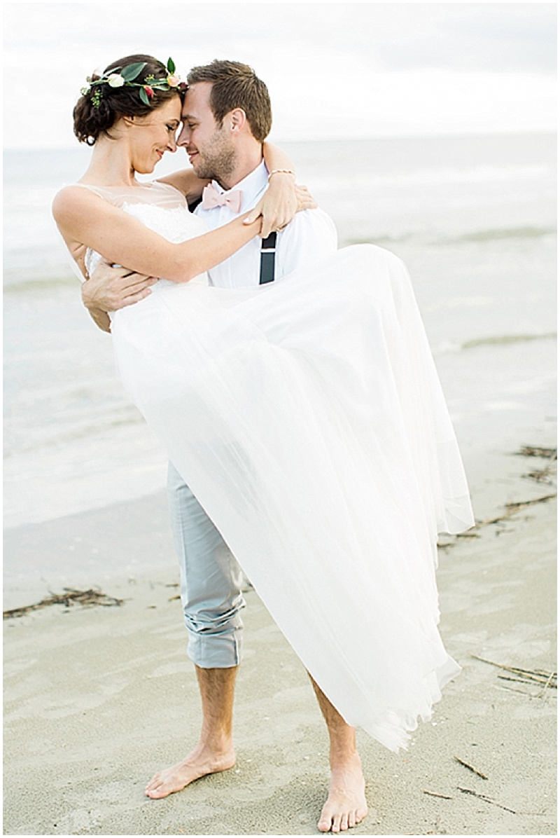 bride and groom beach photos