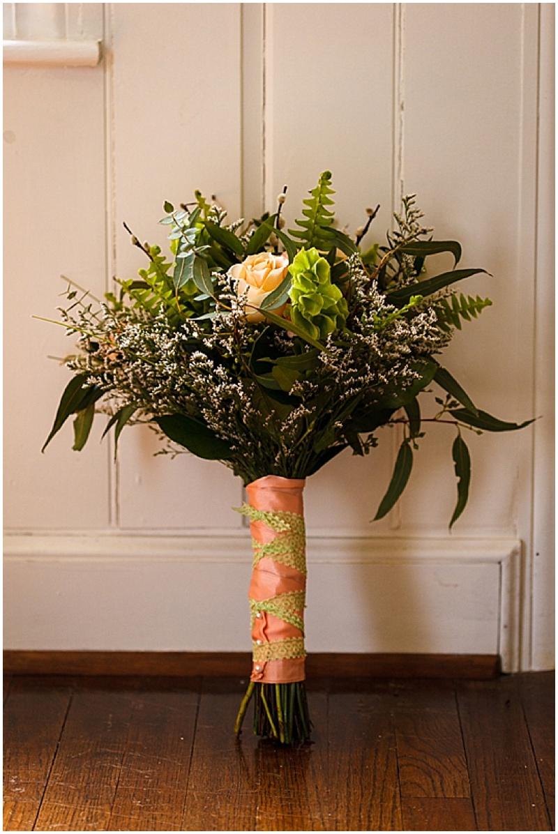 green and peach wedding bouquet