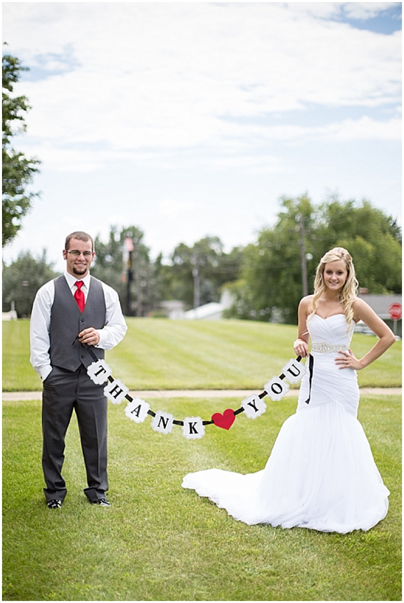 Outdoor Gray, White and Red Wedding | The Budget Savvy Bride