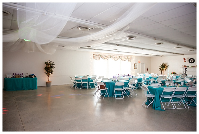 teal wedding decor
