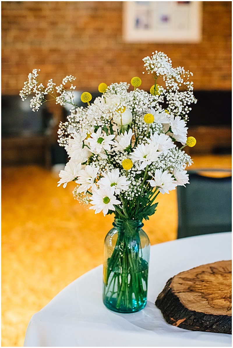 white and tellow bouquet