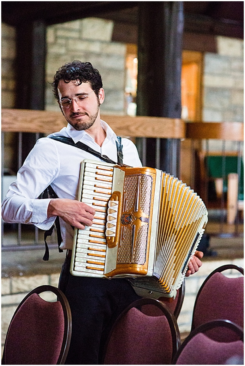 wedding accordion