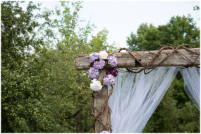 casual outdoor wedding with vintage details the budget savvy bride