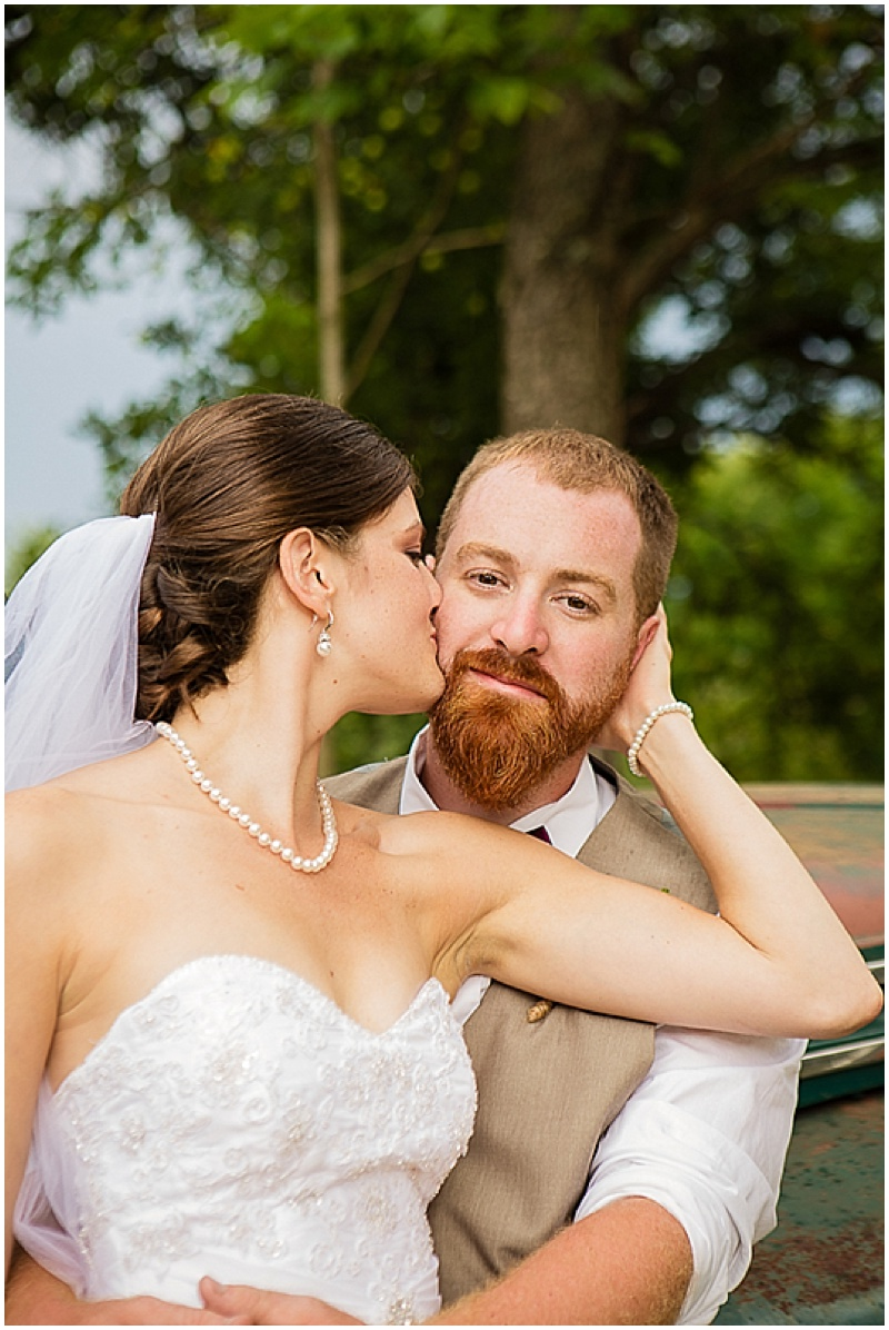 outdoor couple photos