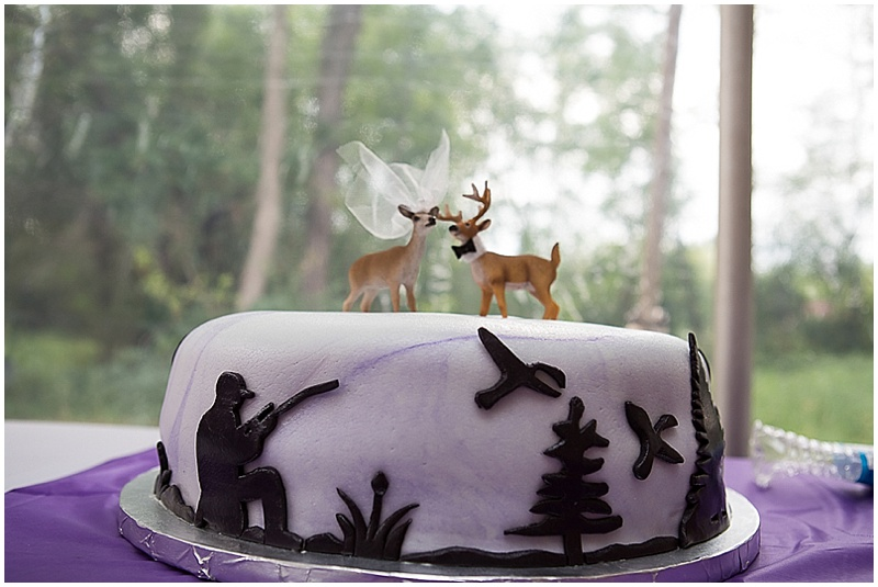 outdoorsmen groom cake