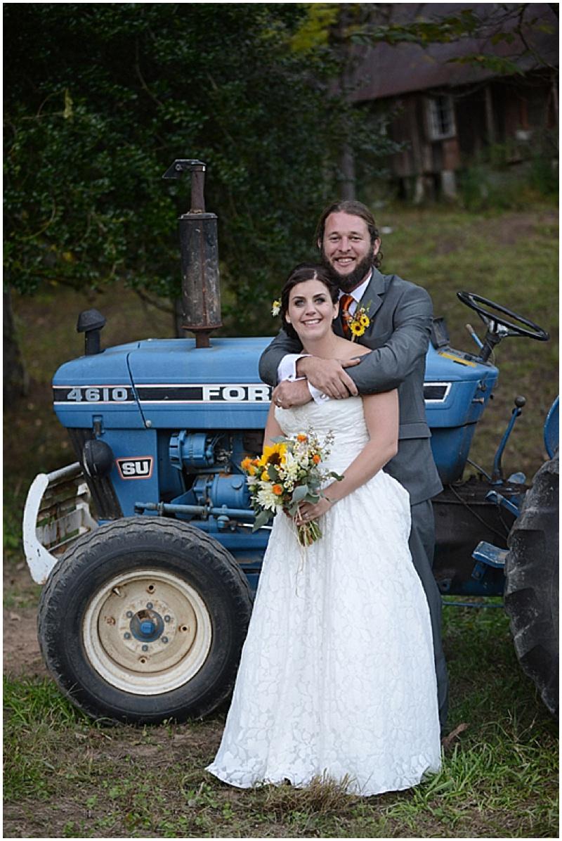 bride and groom outdoor photos tractor