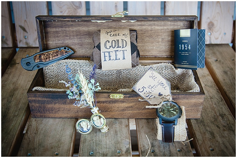 creative groom wedding gifts