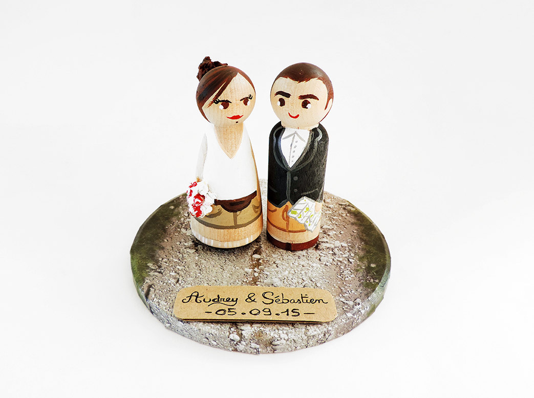 LineaCreations wedding cake topper