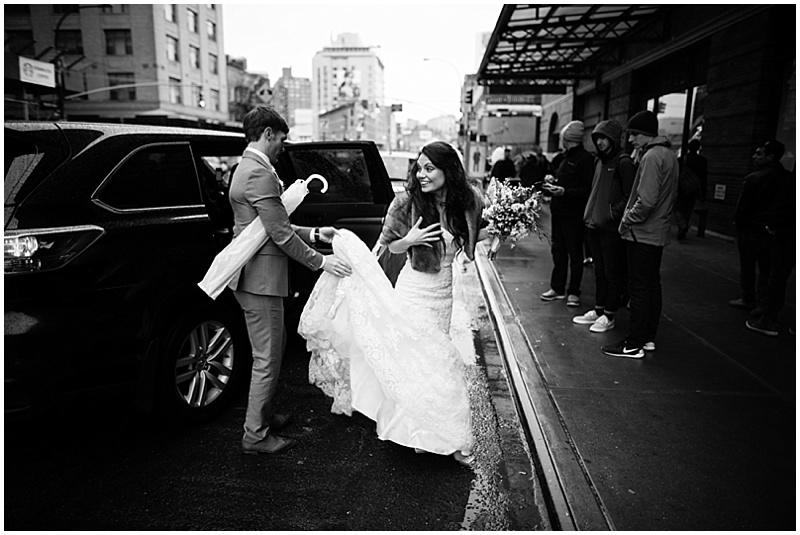 rainy NYC wedding photos
