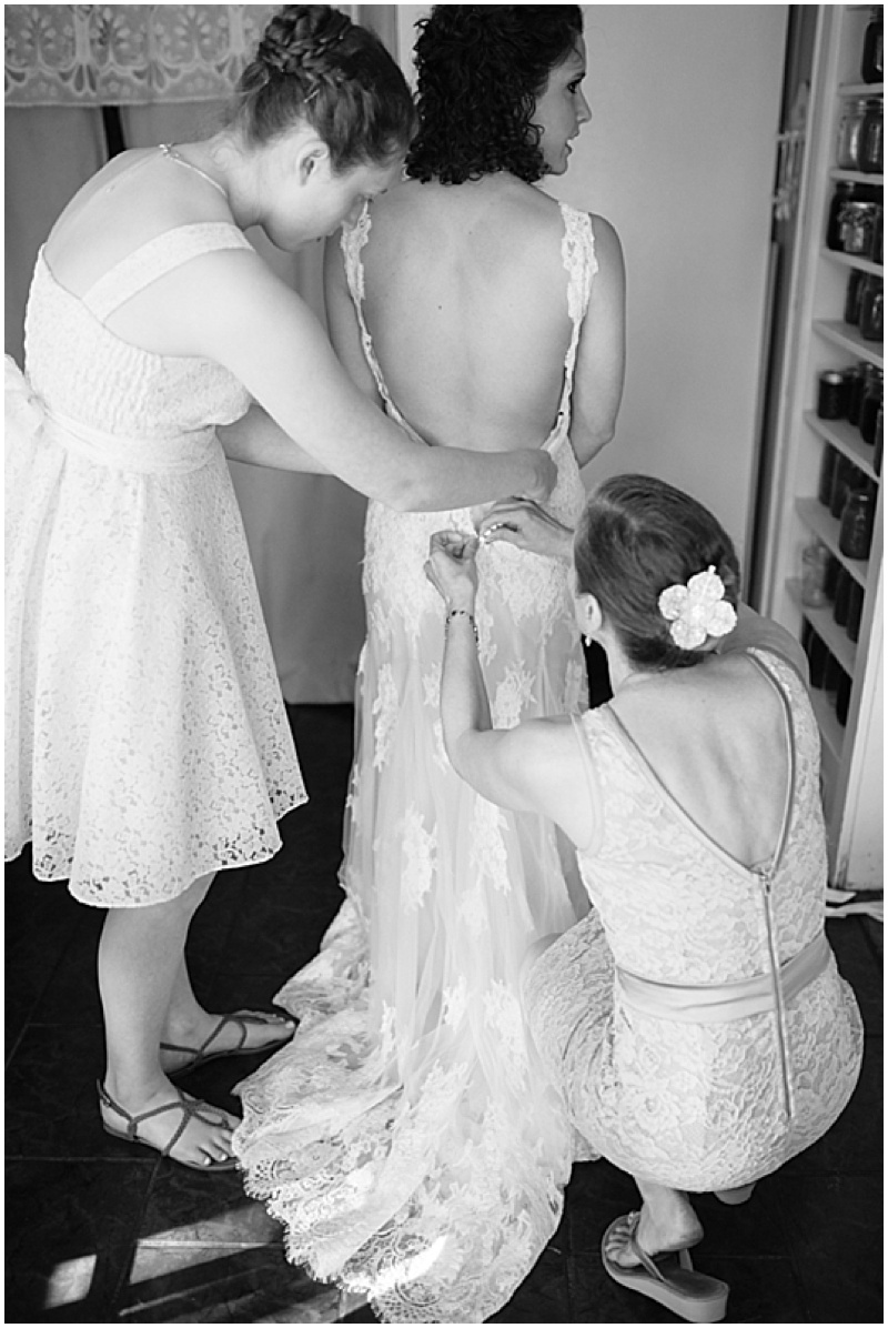 bride getting ready photos