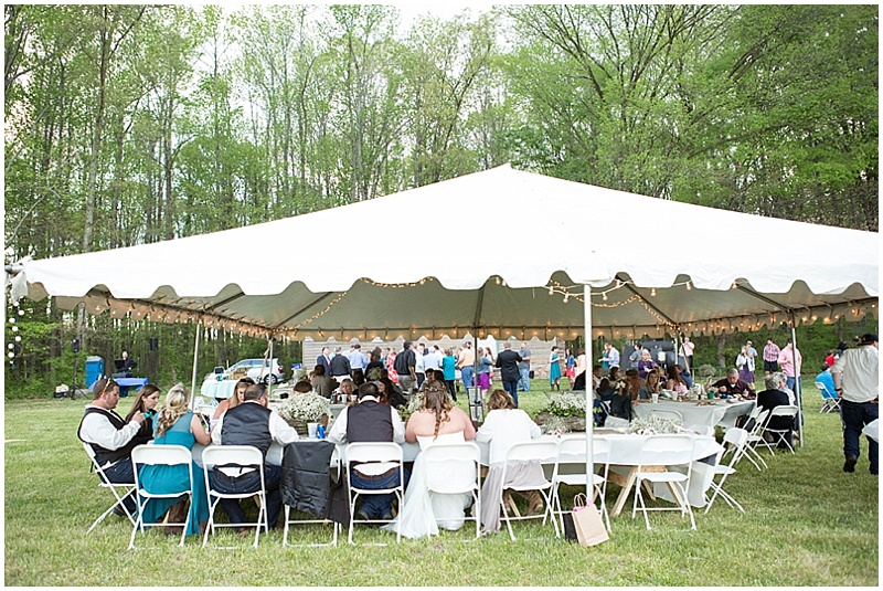 Rustic Wedding with Teal Details_044