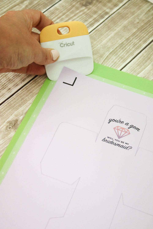 diy bridesmaids proposal project - You're a Gem Earrings + Custom Box