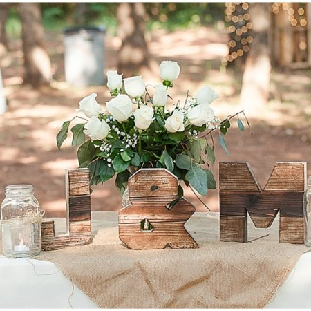 rustic wedding decor