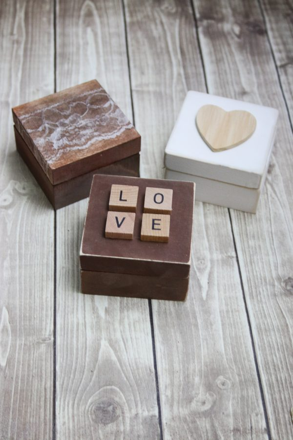 Rustic ring bearer boxes three ways the budget savvy bride for Diy ring bearer