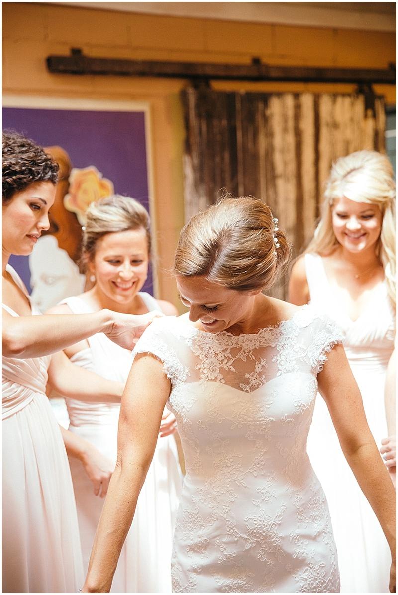 bride gettng ready
