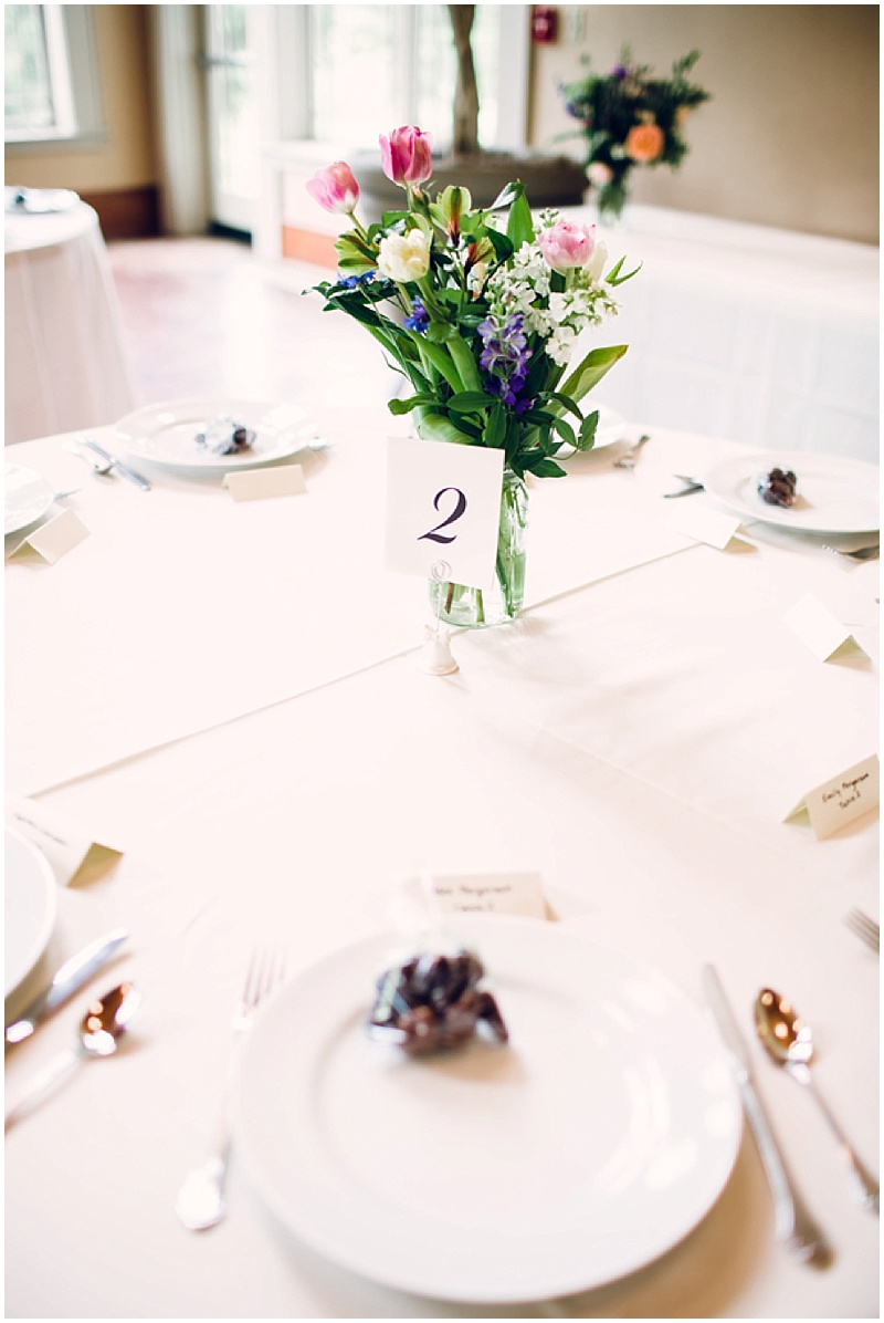 simple floral wedding decor