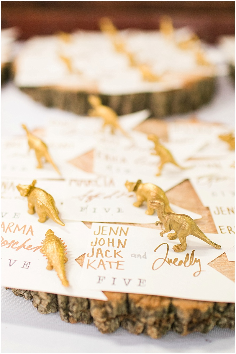dinosaur placecards