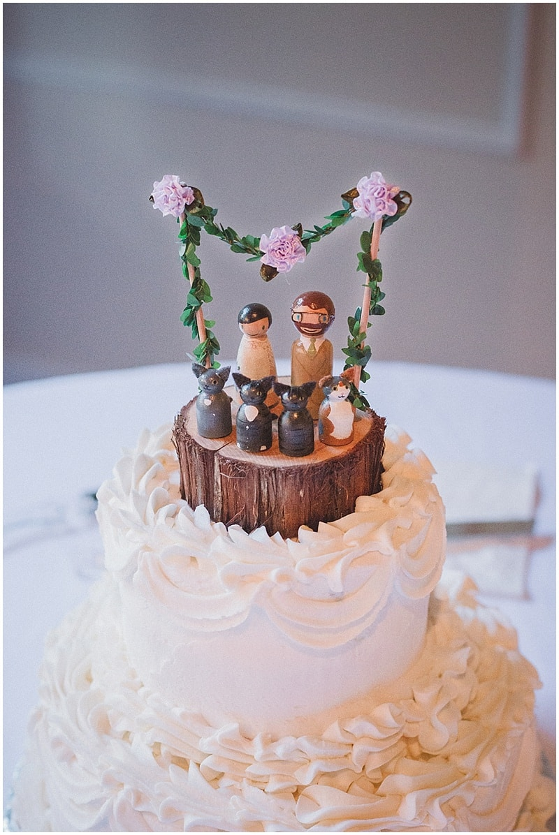 wedding cake toppers louisville ky fall louisville wedding the budget savvy 26527