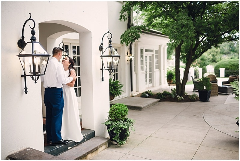 restaurant wedding photos