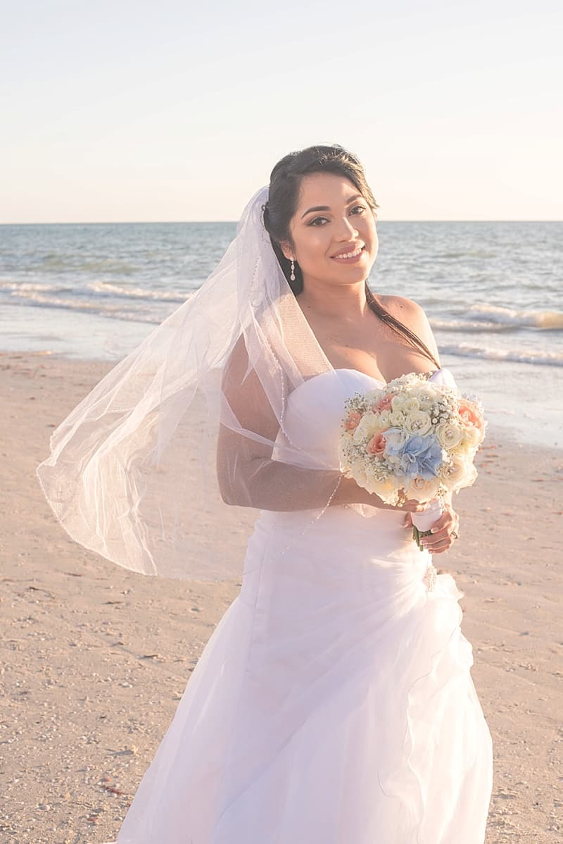 beach wedding photos
