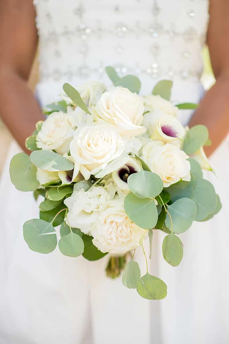 seeded eucalyptus wedding bouquet