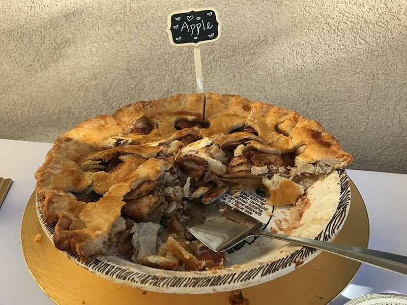 pie wedding desserts